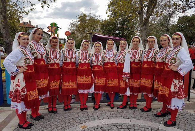 "Национални фолклорни празници ""Приморска Перла"" /СНИМКИ/"
